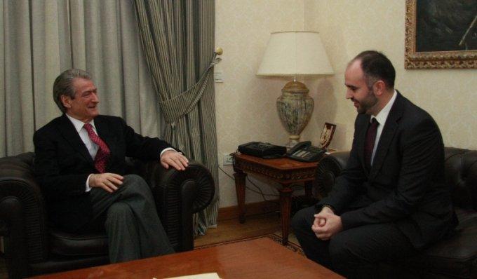 Средба со премиерот Сали Бериша