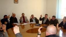 Законот на албанскиот Парламент од 18 март 2013 година, со кој се врати македонското име на општина Пустец, го отвори патот да Советот на општина Пустец ги врати имињата на […]