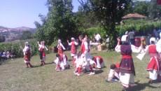 Во областите Голо Брдо и Мала Преспа се одржаа прослави по повод денот на двата Илиндена. На прославата во областа Голо Брдо присуствуваше македонскиот амбасадор во Албанија Веле Трпевски, пратеничката […]