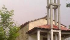 Македонците во селото Ербеле, областа Поле или Долни Дебар, Албанија, кое се наоѓа во близина на македонската граница кај Дебар, на 18-ти август 2013 година го одбележаа големиот христиjански празник […]