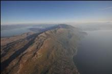 Поглед на Преспанското и Охридското езеро од планината Сува Гора