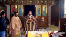 Големиот христијански празник Божиќ, денот на Христовото раѓање се прослави меѓу православните Македонци во Албанија. Во духот на македонските обичаии традиции, разменувајки желби за здравје, среќа, мир и благосостојба, голем […]