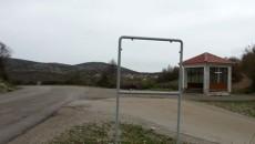 Во општина Пустец веќе подолг период се уништуваат патоказите на населените места кој се на два јазици, македонски и албански. Несовесни граѓани, прво ги бришеа буквите на патоказите, а сега […]