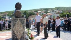Вчера на 14 август 2014 година, во село Глобочени, општина Пустец, областа Мала Преспа, Република Албанија, се одбележа значаен јубилеј - 100 години од раѓањето на Стерјо Спасе, Македонец, кој […]