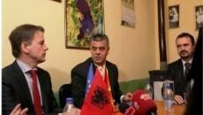Извршниот секретар на Економската комисија на ОН за Европа (УНЕЦЕ), г-дин Кристијан Фрис Бах, заедно со министерот за животна средина на Албанија г-дин Лефтер Кока, на 26 јануари 2015 година, […]
