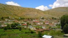 Албанската национална телевизија Топ-Чанел емитуваше репортажа за македонското егејско село Врбник, кое се наоѓа на југоистокот на Албанија на граница со Грција. Жителите се жалат поради лошите услови за живот. […]