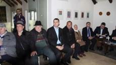 Во албанскиот град Кукс, во просториите на Арткафе, Владрин се одржа чествување по повод една година од смрта на големиот интелектуалец, собирач на фолклорот и уметник со македонско потекло од […]